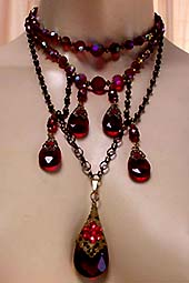 a beautiful vintage costume jewelry necklace